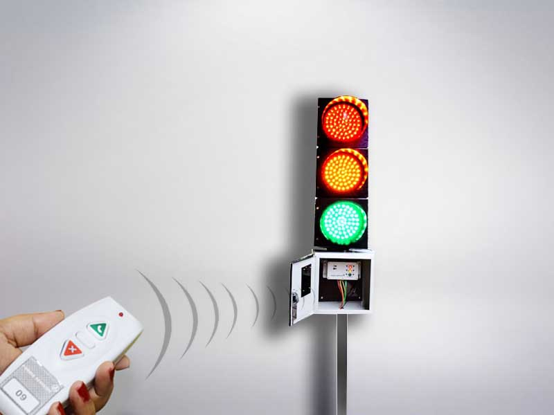 FORBIX Osaühing remote control traffic light